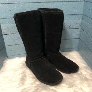 Bearpaw Black Suede Booties Size 8
